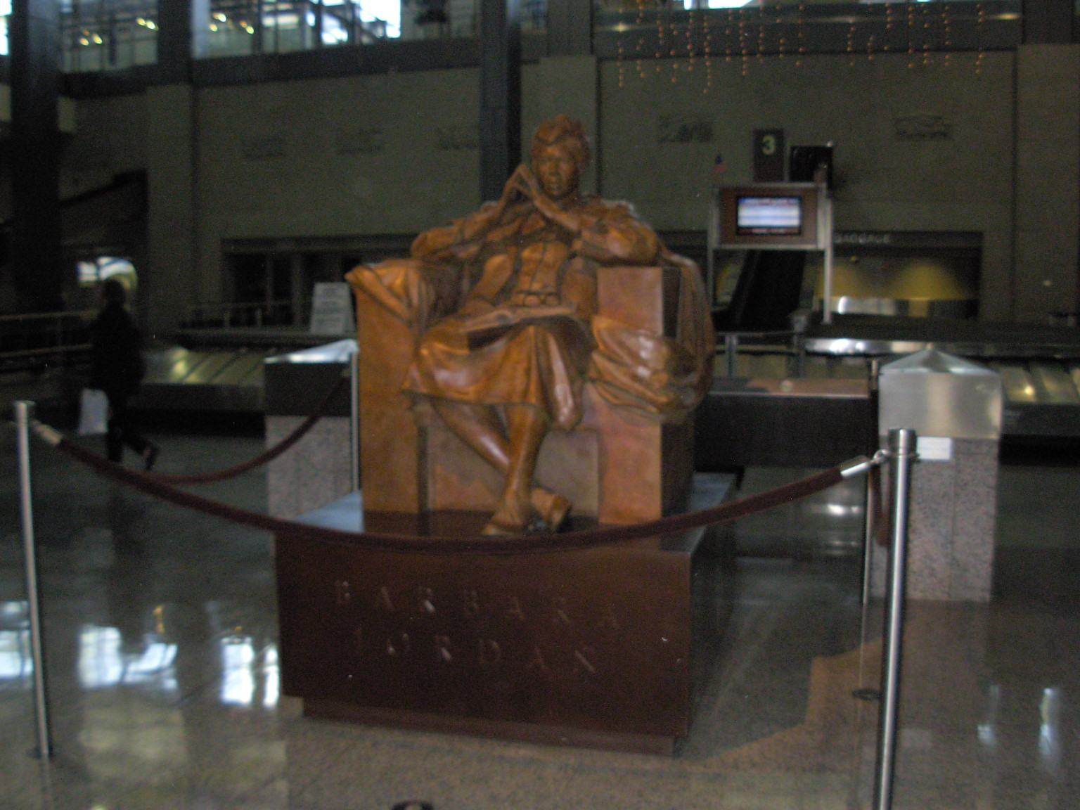 Lincoln Memorial At O Hare Airport Stuck At The Airport